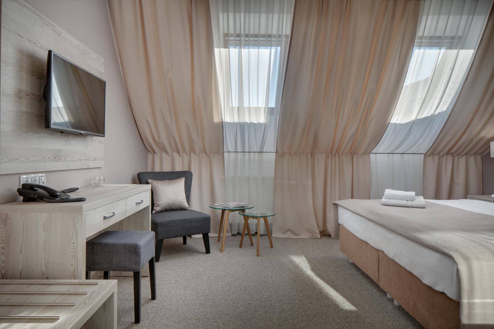 JPREROVSKY_HOTEL FLORENC_ROOM 501_16A4660