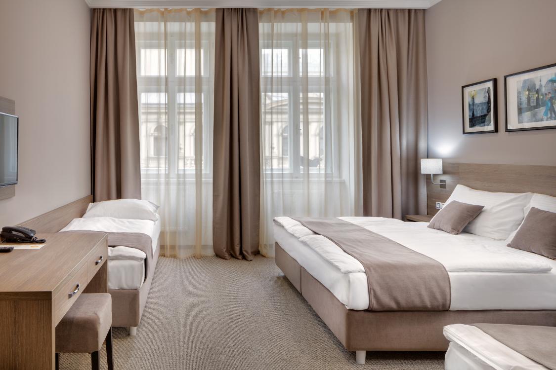 JPREROVSKY_HOTEL_FLORENC_16A4033